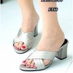 รองเท้าแฟชั่น ส้นสูง แบบสวม หน้าไขว้แต่งลอนสวยเรียบเก๋สไตล์แบรนด์ หนังนิ่ม งานสวย ส้นตัดสูงประมาณ 3 นิ้ว ใส่สบาย แมทสวยได้ทุกชุด (FT60)