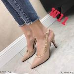 รองเท้าคัทชู ส้นสูง รัดส้น หนังเงาแต่งหมุดขอบสไตล์วาเลนติโน หนังนิ่ม ทรงสวย สูงประมาณ 3 นิ้ว ใส่สบาย แมทสวยได้ทุกชุด (K9379)