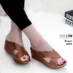 รองเท้าแฟชั่น ส้นเตารีด แบบสวม หน้าไขว้ สวยเรียบเก๋เก็บหน้าเท้าเรียว พื้น pu นิ่มฟู เบาสบาย หนังนิ่ม ทรงสวย สูงประมาณ 2.5 นิ้ว ใส่สบาย แมทสวยได้ทุกชุด (6094)