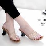 รองเท้าแฟชั่น ส้นสูง แบบสวม สายคาดหน้าพลาสติกใสนิ่ม ไม่บาดเท้า แต่งหมุดทองสวยหรู งานสวยจริงกับทรงส้นเหลี่ยม พร้อมพื้นยางกันลื่นอย่างดี หนังนิ่ม ทรงสวย สูงประมาณ 3 นิ้ว ใส่สบาย แมทสวยได้ทุกชุด (10171)
