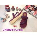 รองเท้าแฟชั่น ส้นมัฟฟิน แบบสวมนิ้วโป้ง คาดหน้าเฉียง แต่งอะไหล่สวยหรู หนังนิ่ม ทรงสวย ใส่สบาย แมทสวยได้ทุกชุด (CA9893)