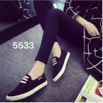 รองเท้าผ้าใบแฟชั่น สวยเรียบเก๋ วัสดุอย่างดี ทรงสวย ใส่สบาย ใส่เที่ยว ออกกำลังกาย แมทสวยเท่ห์ได้ทุกชุด (5533)