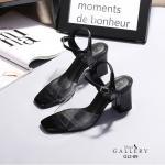 รองเท้าแฟชั่น ส้นสูง แบบสวม รัดส้น แต่งคาดหน้าพลาสติกใสนิ่มสวยเรียบหรู หนังนิ่ม ทรงสวย ส้นสูงประมาณ 3 นิ้ว ใส่สบาย แมทสวยได้ทุกชุด (G12-89)