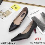 รองเท้าคัทชู ส้นเตี้ย แต่งอะไหล่ V สวยเรียบเก๋ หนังนิ่มอย่างดี ส้นสูงประมาณ 2 นิ้ว ใส่สบาย แมทสวยได้ทุกชุด (K9192)