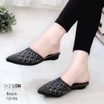 รองเท้าคัทชู เปิดส้น ด้านหน้าแต่งด้วยเพรชคลิสตัลสวยหรู ติดแน่น สวมใส่ง่าย น้ำหนักเบา หนังนิ่ม ทรงสวย สูงประมาณ 1 นิ้ว ใส่สบาย แมทสวยได้ทุกชุด (10196)