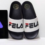 รองเท้าแตะแฟชั่น แบบสวม แต่งลายสไตล์ FILA สวยเก๋ วัสดุอย่างดี พื้นนิ่ม หนังนิ่ม ใส่สบายมาก แมทสวยได้ทุกชุด