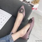 รองเท้าคัทชู ส้นเตี้ย แต่งอะไหล่คริสตัลสวยหรู ส้นแต่งเคลือบเงาสวยเก๋ หนังนิ่ม ทรงสวย สูงประมาณ 1.5 นิ้ว ใส่สบาย แมทสวยได้ทุกชุด (K9363)