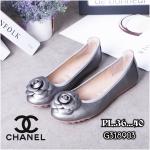 รองเท้าคัทชู ส้นแบน หัวมน แต่งดอกคามิเลียสวยเก๋สไตล์ชาแนล หนังนิ่ม พื้นนิ่ม ทรงสวย ใส่สบาย แมทสวยได้ทุกชุด (G318903)
