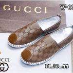 รองเท้าผ้าใบแฟชั่น ทรง slip on แต่งลายสไตล์กุชชี่สวยเก๋ วัสดุอย่างดี ใส่สบาย แมทสวยได้ทุกชุด (W-006)