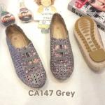 รองเท้าผ้าใบแฟชั่น แต่งฉลุลายสวยหวานสไตล์วินเทจ หนังนิ่ม พื้นยางกันลื่นนิ่มยืดหยุ่น ใส่สบาย แมทสวยได้ทุกชุด (CA147)