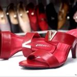 รองเท้าแฟชั่น ส้นสูง แบบสวม แต่งอะไหล่ V สวยเรียบหรู หนังนิ่ม ทรงสวย ส้นสูงประมาณ 3 นิ้ว ใส่สบาย แมทสวยได้ทุกชุด