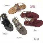 รองเท้าแตะแฟชั่น แบบหนีบ รัดส้น หนังลายหนังงูแต่งเข็มขัด ดีไซน์เก๋สายคาดเฉียง หนังนิ่ม ทรงสวย ใส่สบาย แมทสวยได้ทุกชุด (R-223)