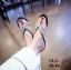 รองเท้าแตะแฟชั่น แบบหนีบ แต่งเพชรคริสตัลสวยหรูมาก สไตล์ roger vivier หนังนิ่ม ทรงสวย ใส่สบาย แมทสวยได้ทุกชุด thumbnail 2