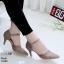 รองเท้าคัทชู ส้นเตี้ย รัดส้น หนังนิ่มฉลุลาย ใส่สบาย หนัง pu รุ่นนี้เกรดเอ นิ่มยืดหยุ่นดีมาก ใส่แล้วเท้าเรียว ทรงสวย สูงประมาณ 2.5 นิ้ว ใส่สบาย แมทสวยได้ทุกชุด (10200) thumbnail 1