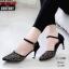 รองเท้าคัทชู ส้นเตี้ย รัดส้น แต่งลายฉลุประดับคลิสตัลสวยหรู สายรัดข้อ ตะขอเกี่ยวปรับได้ หนังนิ่ม ทรงสวย สูงประมาณ 2.5 นิ้ว ใส่สบาย แมทสวยได้ทุกชุด (10189) thumbnail 2