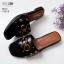 รองเท้าแตะแฟชั่น แบบสวม แต่งหมุดดาวและอะไหล่สไตล์แบรนด์สวยหรู หนังนิ่ม ทรงสวย ใส่สบาย แมทสวยได้ทุกชุด (1025-8) thumbnail 3