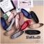 รองเท้าคัทชู ส้นแบน หัวมน เดินเส้นตารางนวมแต่งอะไหล่สวยเก๋สไตล์แบรนด์ หนังนิ่ม พื้นนิ่ม ทรงสวย ใส่สบาย แมทสวยได้ทุกชุด (G318902) thumbnail 3