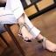 รองเท้าแตะแฟชั่น แบบสวมนิ้วโป้ง รัดข้อ แต่งอะไหล่คริสตัลสวยหรู สายไขว้พันข้อเก๋มาก หนังนิ่ม ทรงสวย ใส่สบาย แมทสวยได้ทุกชุด thumbnail 2