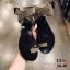 รองเท้าแตะแฟชั่น แบบสวมนิ้วโป้ง รัดข้อ แต่งอะไหล่คริสตัลสวยหรู สายไขว้พันข้อเก๋มาก หนังนิ่ม ทรงสวย ใส่สบาย แมทสวยได้ทุกชุด thumbnail 3