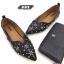 รองเท้าคัทชู ส้นแบน ทรงหัวแหลม หน้า V แต่งอะไหล่ดอกไม้ หมุดเพชรสวยหรู หนังนิ่ม ทรงสวย ใส่สบาย แมทสวยได้ทุกชุด (630-1) thumbnail 1