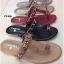 รองเท้าแตะแฟชั่น แบบหนีบ แต่งโซ่และอะไหล่ CC สวยเรียบหรูสไตล์ชาแนล หนังนิ่ม ทรงสวย ใส่สบาย แมทสวยได้ทุกชุด (FT-640) thumbnail 3