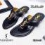 รองเท้าแตะแฟชั่น แบบหนีบ แต่งอะไหล่ ysl สวยเรียบหรูสไตล์อีฟแซง วัสดุอย่างดี หนังนิ่ม ทรงสวย ใส่สบาย แมทสวยได้ทุกชุด (U307-57) thumbnail 1
