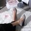 รองเท้าคัทชู ส้นเตารีด แต่งอะไหล่สไตล์แบรนด์สวยเรียบหรู หนังนิ่ม พื้นบุนิ่ม ทรงสวย สูงประมาณ 2 นิ้ว ใส่สบาย แมทสวยได้ทุกชุด (G318845) thumbnail 2