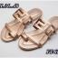 รองเท้าแตะแฟชั่น แบบสวมนิ้วโป้ง แต่งลายฉลุสไตล์เฟนดิ หนังนิ่ม ทรงสวย ใส่สบาย แมทสวยได้ทุกชุด (FT-619) thumbnail 1
