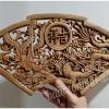 แผ่นไม้แกะศิลปะจีน ทรงพัด ลายหงส์-มังกร