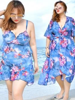 ชุดว่ายน้ำคนอ้วน พร้อมส่ง :ชุดว่ายน้ำไซส์ใหญ่สีฟ้าแต่งลายดอกไม้สีสวยสดใส set 3ชิ้นมี บรา กางเกงขาสั้นติดกระโปรง และเสื้อคลุมแบบเก๋ สวยมากๆจ้า:รายละเอียดไซสคลิกเลยจ้า
