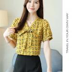 Pre-order เสื้อทำงาน คอวี ผูกโบว์สวย สีเหลือง พิมพ์ลายกราฟฟิค