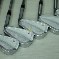 Iron set Mystery WNC903 4-9,P / Dynamic gold S300 (Flex S)